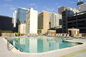 DoubleTree by Hilton Chicago-Magnificent Mile