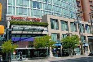 Hampton Inn and Suites Vancouver-Downtown