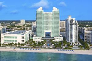 The Diplomat Beach Resort - Curio Collection by Hilton