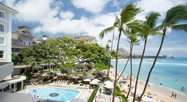 Westin Moana Surfrider Pool