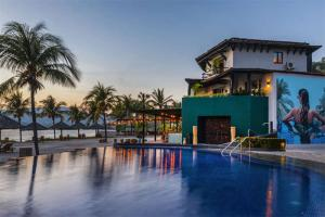 Villa del Sol - Zihuatanejo, a Destination Luxury Resort