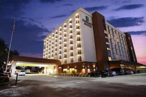 Embassy Suites Dallas-Market Center