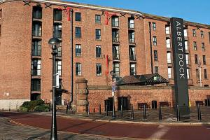 Holiday Inn Express Liverpool - Royal Albert Dock