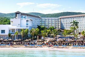 Royalton White Sands
