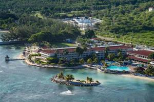 Holiday Inn Resort Montego Bay All-Inclusive