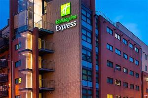 Holiday Inn Express Glasgow - City Center Riverside