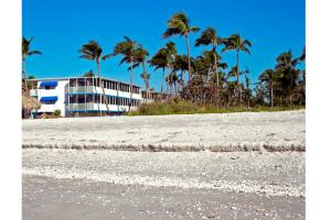 Sanibel Sunset Beach Inn