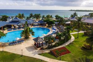 Jewel Runaway Bay Beach & Golf Resort