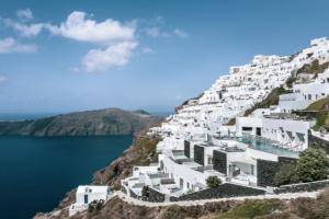 Grace Hotel Santorini, Auberge Resorts Collection