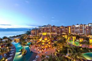 Luxury Residences Hotel by Villa del Palmar Cancun