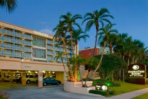 DoubleTree Beach Resort by Hilton Tampa Bay - North Redington